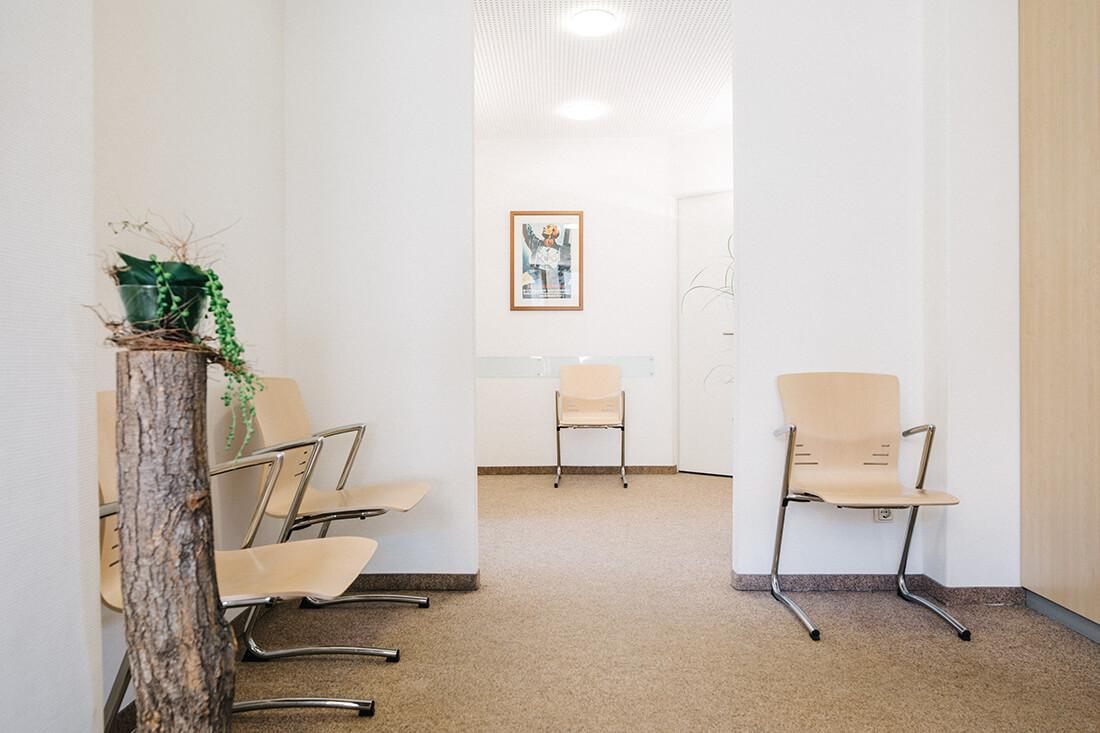 Hausarzt Partenkirchen - Dr. Kainz - Wartezimmer der Praxis